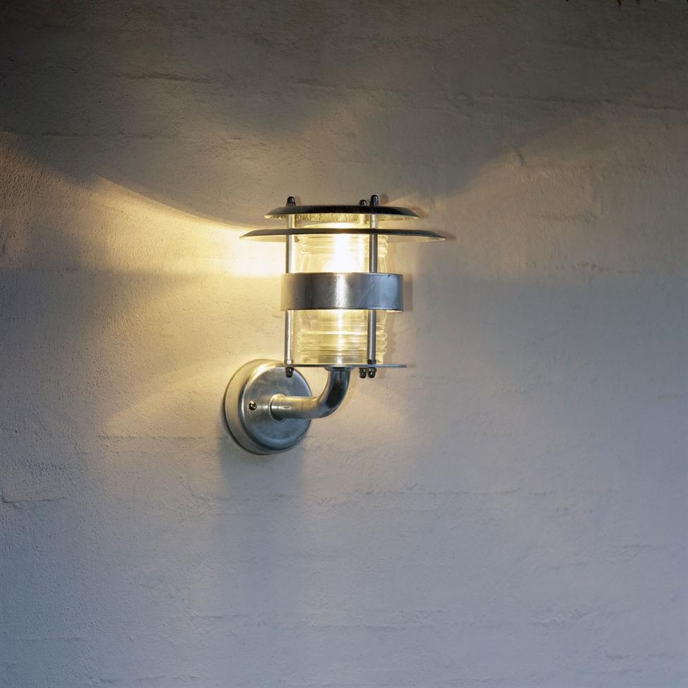 Find alle Lampem u00e6rker Udendorslamper produkter til den bedste pris på Cost 860